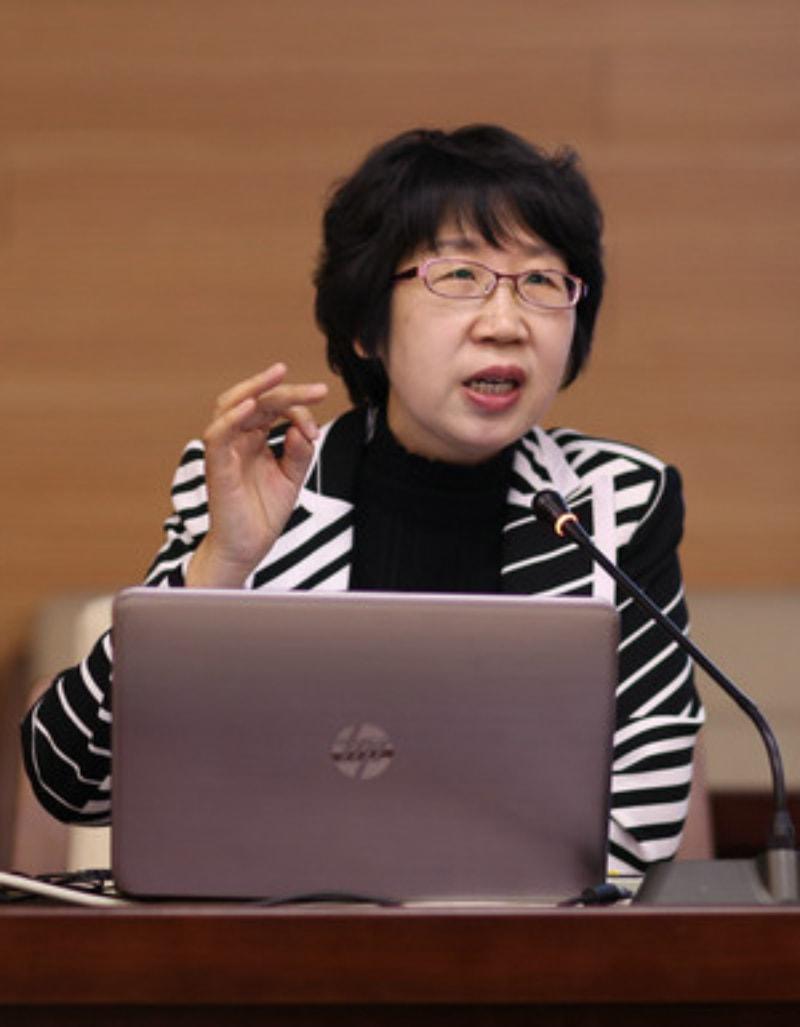 李胜茹教授(河北省省委党校副校长)